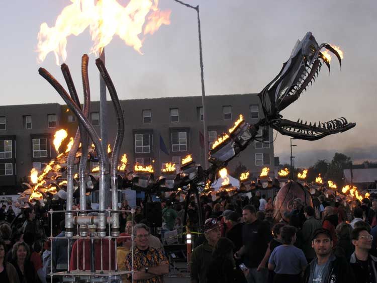 FireSnakes paying homage to the Mother Serpent (Flaming Lotus Girls) at Crucible FAF 2007